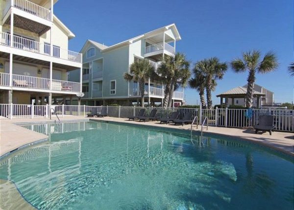 Pool view of vacation rental in Fort Morgan