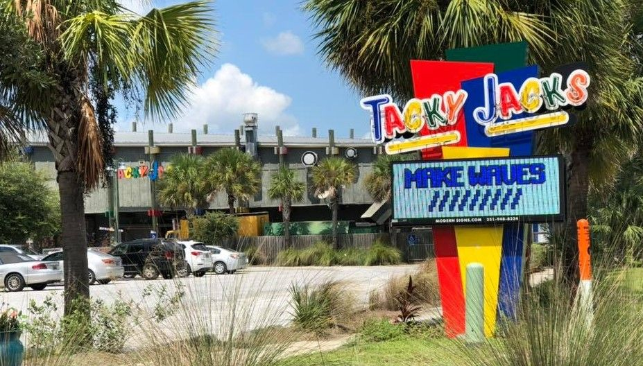 Tacky Jacks in Fort Morgan for Food and Family Fun